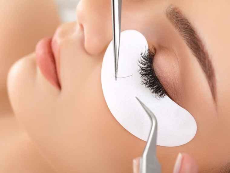 397d5695a9f Eyelash Extensions - Royal Retreat Beauty Salon & Spa | Dubai, UAE